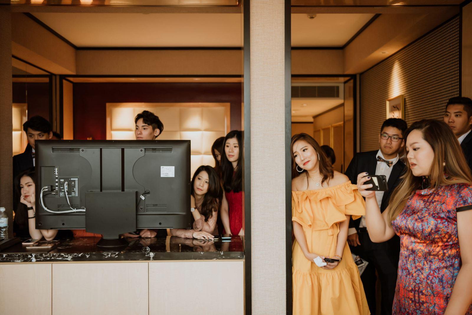 在台中林酒店,攝影師捕抓了親友們的表情