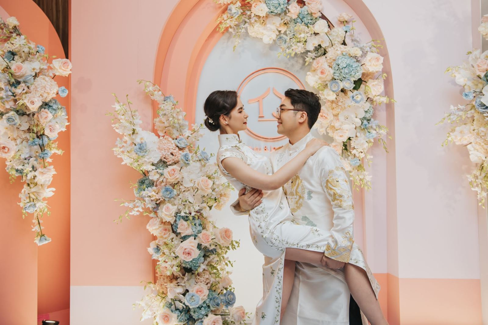中式與西式的婚禮佈置