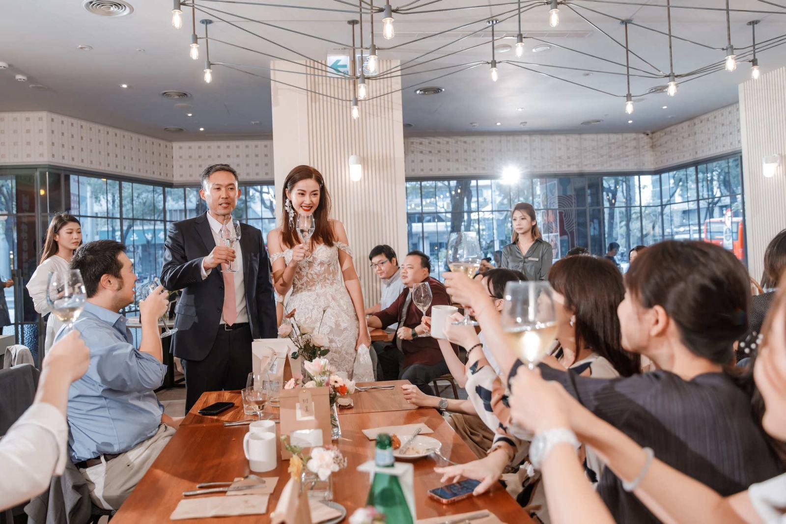 婚禮沒有逐桌敬酒