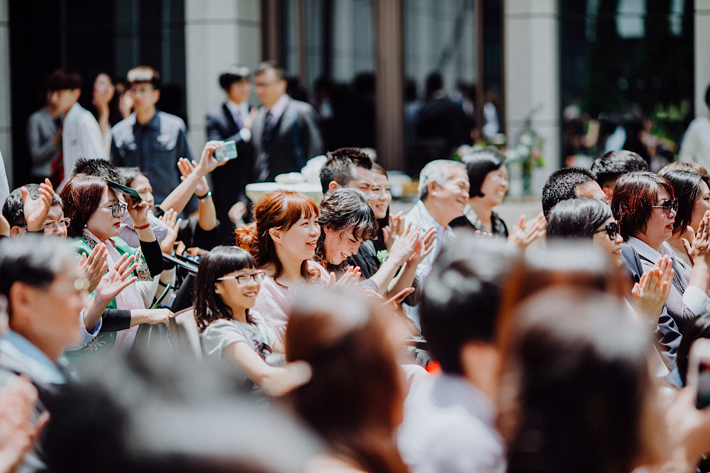 綠地上的美式戶外婚禮