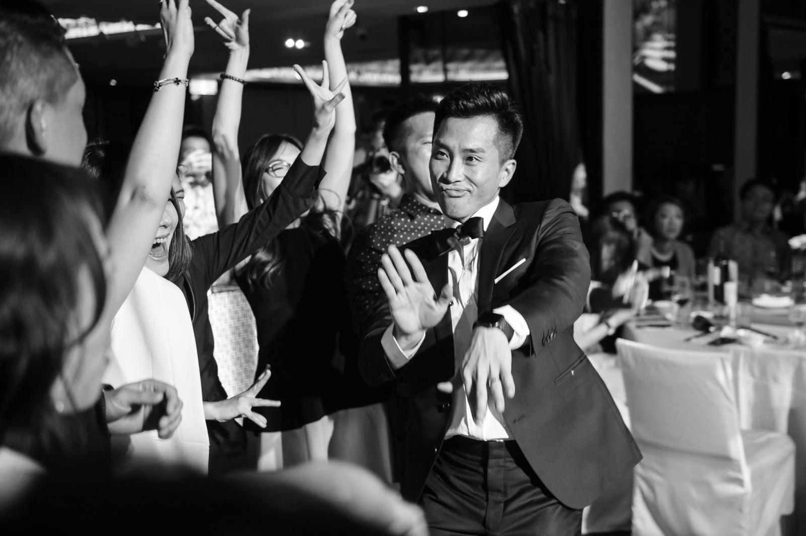 晶華酒店辦婚禮,新郎很投入在婚禮上