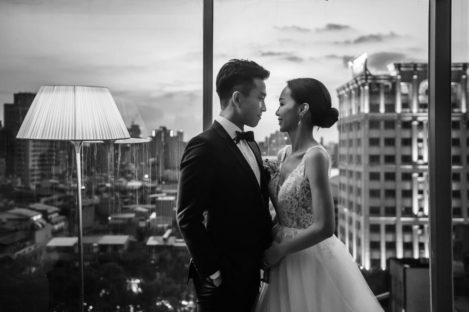 晶華酒店著名的新娘房落地窗景色