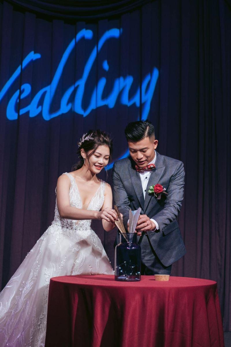 紙飛機的婚禮誓言