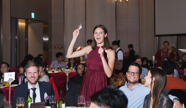 婚禮樂透,TWO in ONE婚禮團隊客製化為新人設計英文版的樂透卡