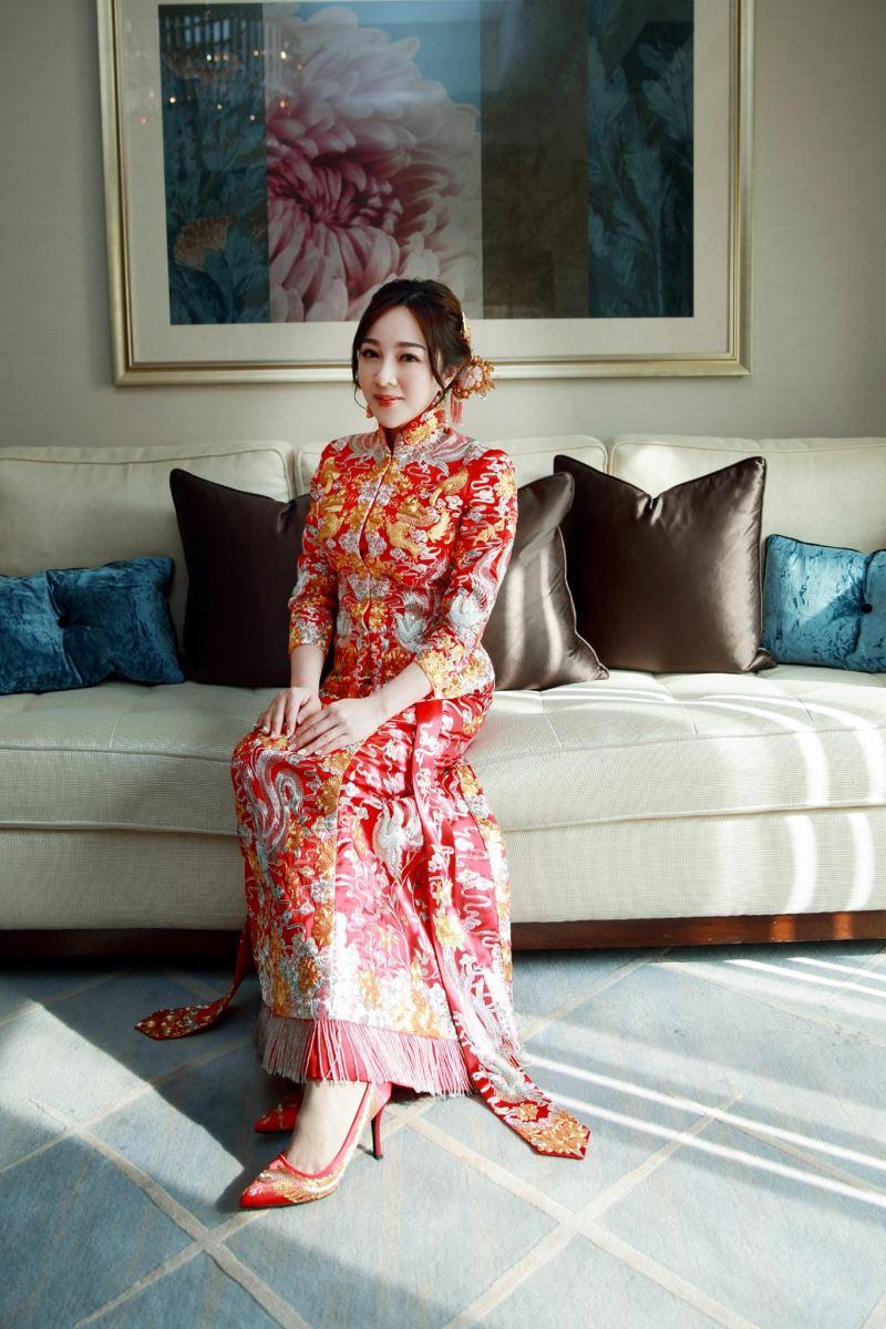 文華東方新娘穿龍鳳褂